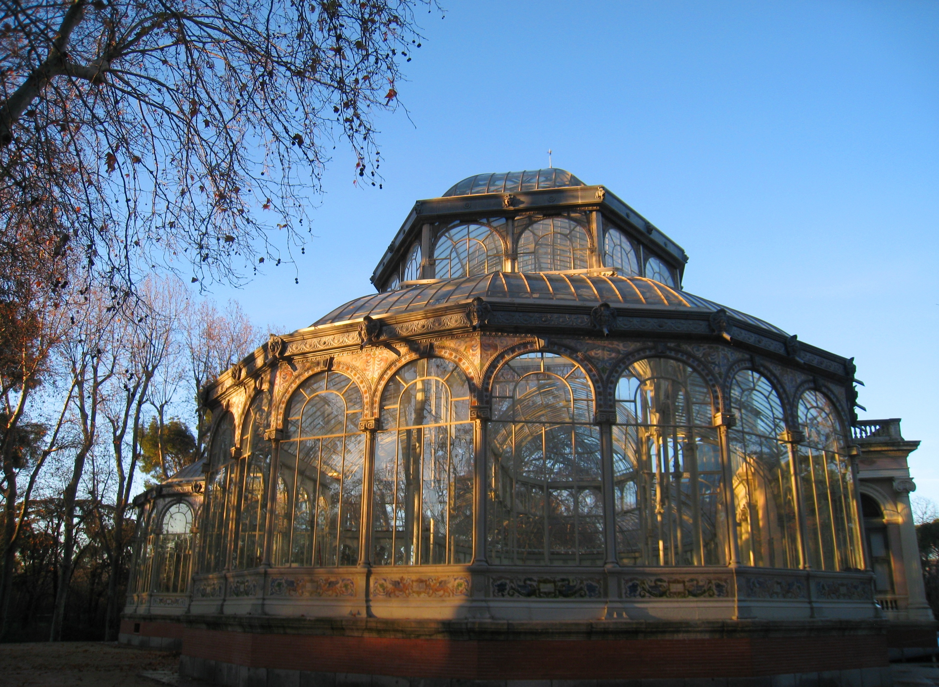 Le Retiro Madrid Mon Univers Arc En Ciel